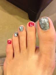 the 25 best christmas toes ideas on pinterest fall toe nails