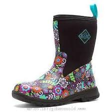 s muck boots canada boots s the original muck boot company chore mid black