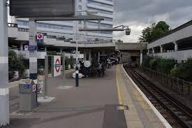 Gunnersbury station
