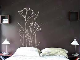 Breezy Floral Bedroom Décor Ideas Decorazilla Design Blog - Flower designs for bedroom walls