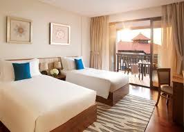 hotel apartments dubai luxury apartments at anantara dubai the palm