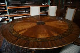circular dining room table