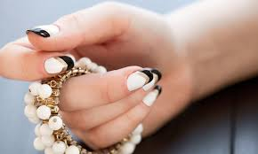 detroit nail salons for acrylics gels and silk wraps
