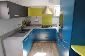 peinture verte cuisine indogate deco cuisine peinture verte equipée couleur équipée