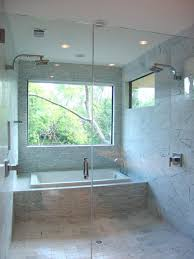 bathroom tub decorating ideas best 25 tub shower combo ideas on bathtub shower