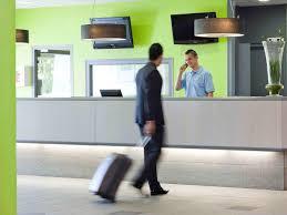 Hotel Aire Autoroute Hôtel Ibis Peronne Assevillers France Assevillers Booking Com