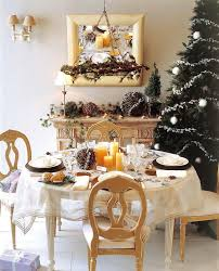 Dining Room Tables Decorations 18 Christmas Dinner Table Decoration Ideas Freshome Com