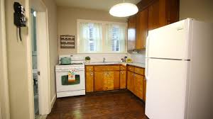 Yellow Kitchen Walls With Oak Cabinets by Kitchen Room Kitchen Color Ideas With Oak Cabinets And Black