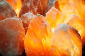 himalayan light salt crystal l 10 reasons you need a himalayan salt l in your home