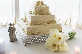 Big Wedding Cakes Gulf Coast Beach Wedding And Reception Planner Big Day Weddings