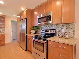 Maple Shaker Cabinet Doors Beautiful Maple Shaker Kitchen Cabinets Brown Color Wooden