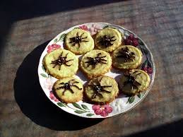 glass wings photos croydon halloween spider shortbread cookies