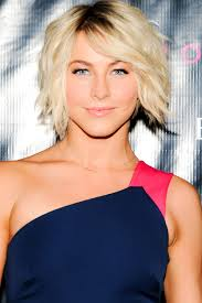 pictures of womens short hairstyles for over 40