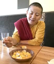 singer cuisine nepali singer enjoys lao cuisine photo