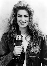 cindy crawford looks back on her mtv u0027house of style u0027 days