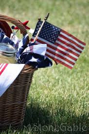 happy independence day table and mikasa giveaway winner stonegable
