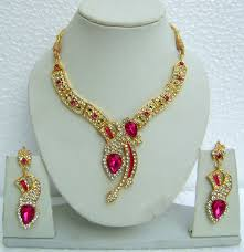 pink and white necklace set tika n08395