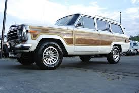 old jeep grand wagoneer 1989 jeep grand wagoneer suv woody woodie 4x4 v8 cherokee classic