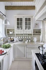 White Kitchen Pics - best 25 small country kitchens ideas on pinterest cottage