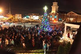 westfield lighting westfield in hundreds in westfield kick off holiday season with tree lighting