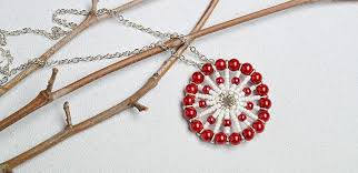 make necklace from beads images How to make a red pearl bead and white seed bead circular pendant jpg