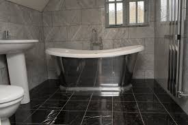 black marble is the best choice for a stylish luxury bathroom