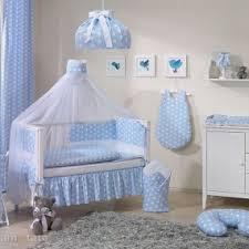 accessoire chambre bebe parure de lit bébé pas cher déco accessoire chambre bébé