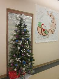 office christmas door decorating contest ideas christmas lights