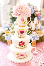 unique wedding cake and cupcake ideas your guests will love
