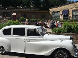wedding rolls royce rolls royce austin princess limo rental vintage wedding