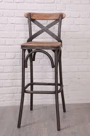 chaise ilot cuisine chaise haute de bar blanche trépied en bois style scandinave zago