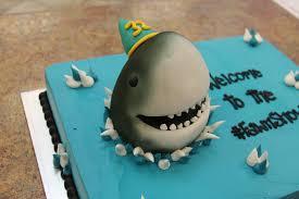 minecraft cake with creeper and steve holding cake san jose yelp