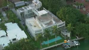 police raid lil wayne u0027s miami beach mansion youtube