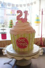 best friends 21st birthday cupcake cake