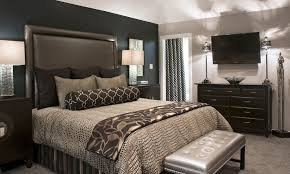 Brown Bedroom Ideas by Adding Some Interesting Value With Gray Paint Bedroom In Modern