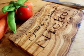 personalised cutting boards personalised chopping board the best bespoke designs