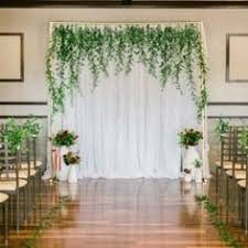 wedding backdrop 10 breathtaking backdrops for your wedding rustic wedding chic