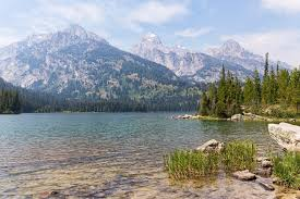 Wyoming Lakes images 15 best lakes in wyoming the crazy tourist jpg