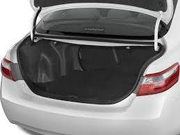 toyota camry trunk image 2009 toyota camry 4 door sedan i4 auto natl trunk size