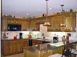 Over Cabinet Lighting For Kitchens Lighting Above Cabinets Above Cabinet Led Lights Lighting