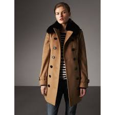 wool cashmere trench coat with fur collar in camel women