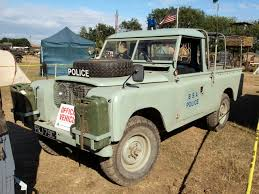 land rover africa file land rover bsa police jpg wikimedia commons