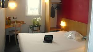 chambre b b hotel b b hôtel dijon nord zénith à dijon hôtel 2 hrs étoiles
