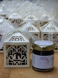 jam wedding favors personalised mini jam wedding favours by the tiny marmalade