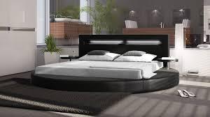 chambre avec lit rond lit rond cuir design sur