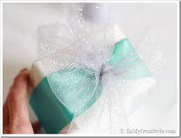 Gift Wrapping Bow Ideas - wrapping presents in elegant ease in my own style