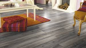Varnish For Laminate Flooring Oak Laminate Flooring Floating Commercial For Domestic Use