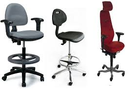 Tall Chairs For Standing Desks by Tall Desk Chair Capacity Big U0026 Tall Black Fabric Drafting