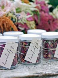 simple wedding favors 14 diy wedding favors your guests will actually want hgtv s