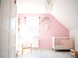 fabriquer déco chambre bébé lit couette lit bébé beautiful ides de dcoration pour deco chambre